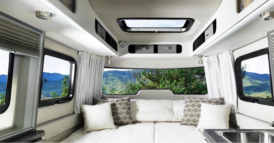 Claraboya y ventana para furgoneta camper