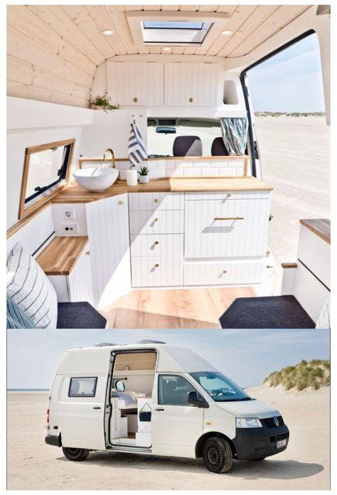 furgoneta camper pequeña con una sola claraboya