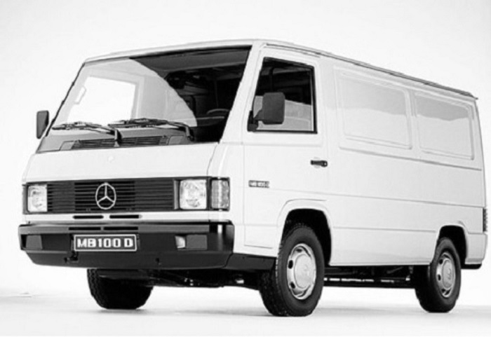 furgonetas Mercedes antiguas MB100